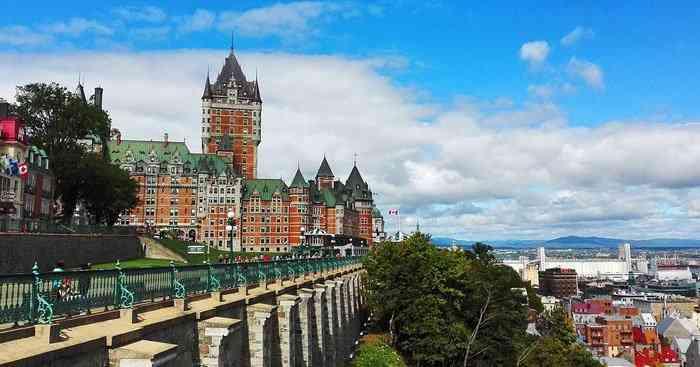 Visitor to Canada destinations Old Quebec